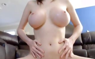 Sexy floosie with huge melons playing with big sex toy