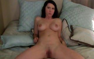 Horny amateur floosie deeply penetrating tight ass hole