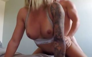 Fit babe gets her vagina slammed from behind
