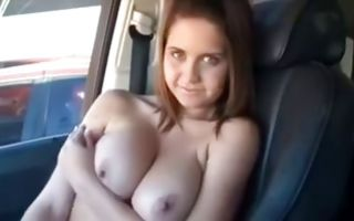 Horny brunette with big boobs gets horny and poses in homemade porn