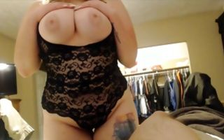 Slutty brunette with a big ass gives a blowjob and jerks hard